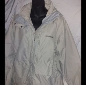 COLUMBIA WATERPROOF COAT